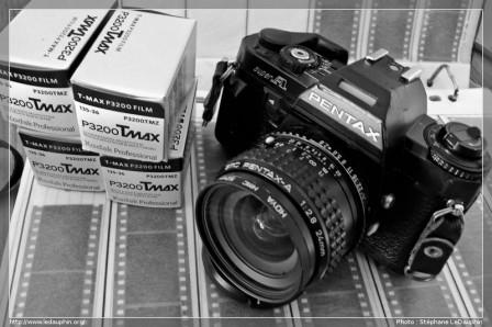 Pentax SuperA + Pentax 24mm